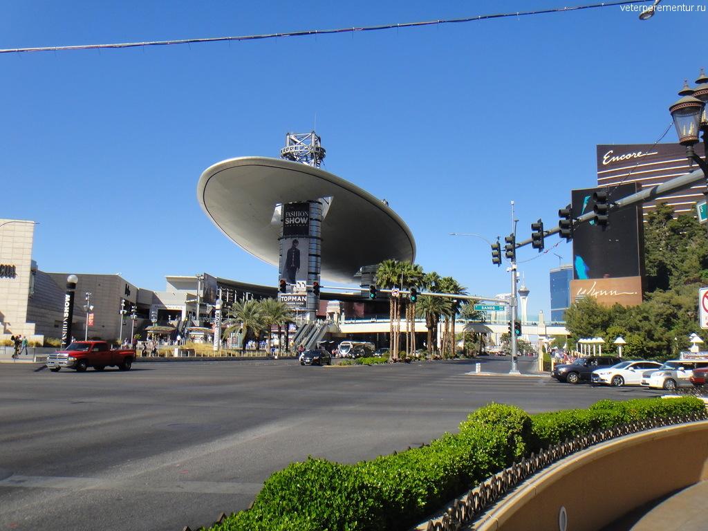 Торговый центр на Стрипе, Лас Вегас