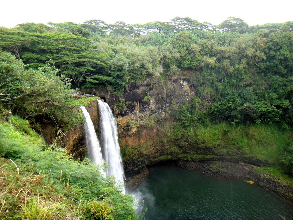 Водопад на КАУАИ, Гавайи
