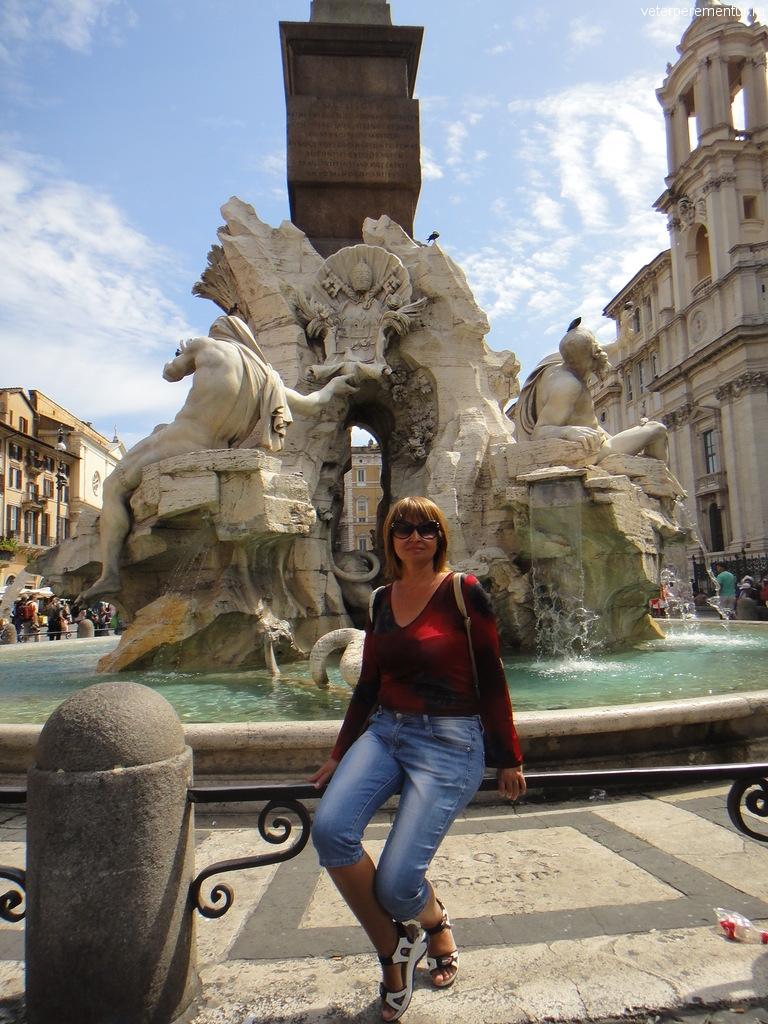 Центральный фонтан на площади Навона, Рим