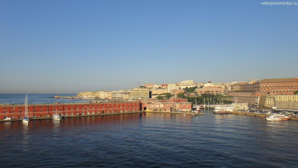 Неаполь, вид с моря