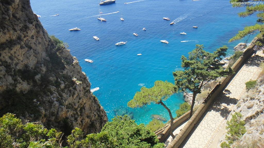 Виды Капри, море, яхты