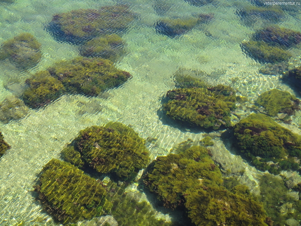 Прозрачное море в Сиракузах, Италия