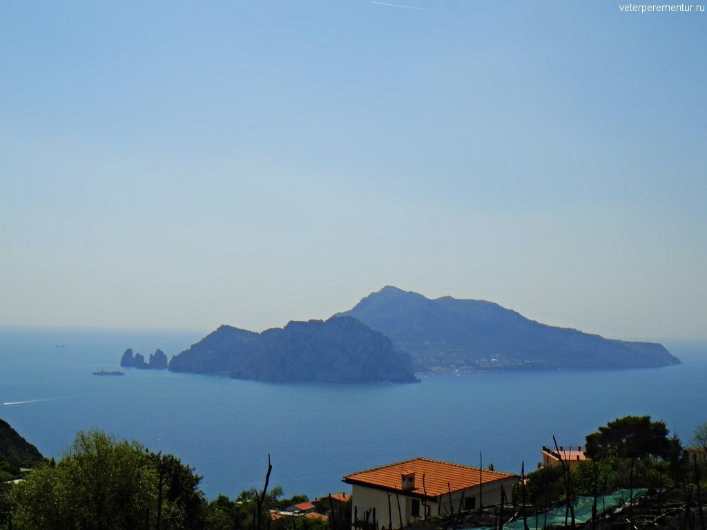 Вид на Капри со смотровой площадки