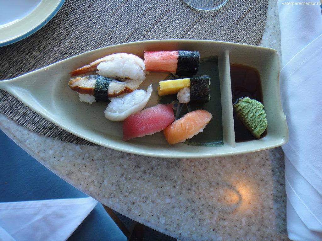 суши на Azamara Quest