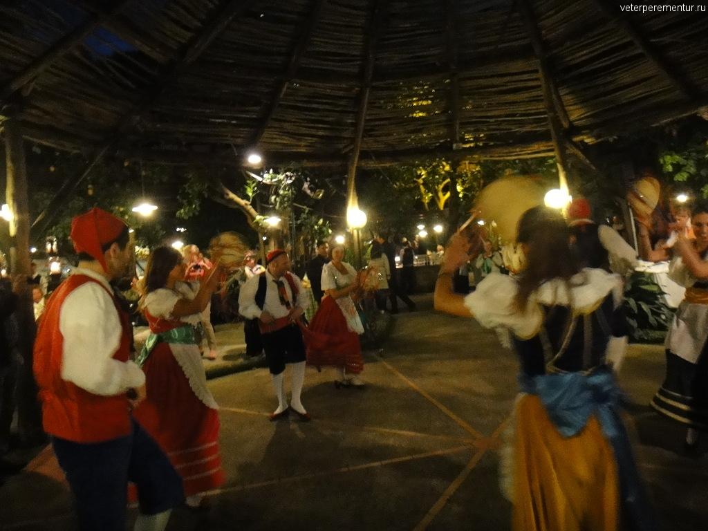 """Народные танцы, экскурсия """"Итальянский вечер"""""""