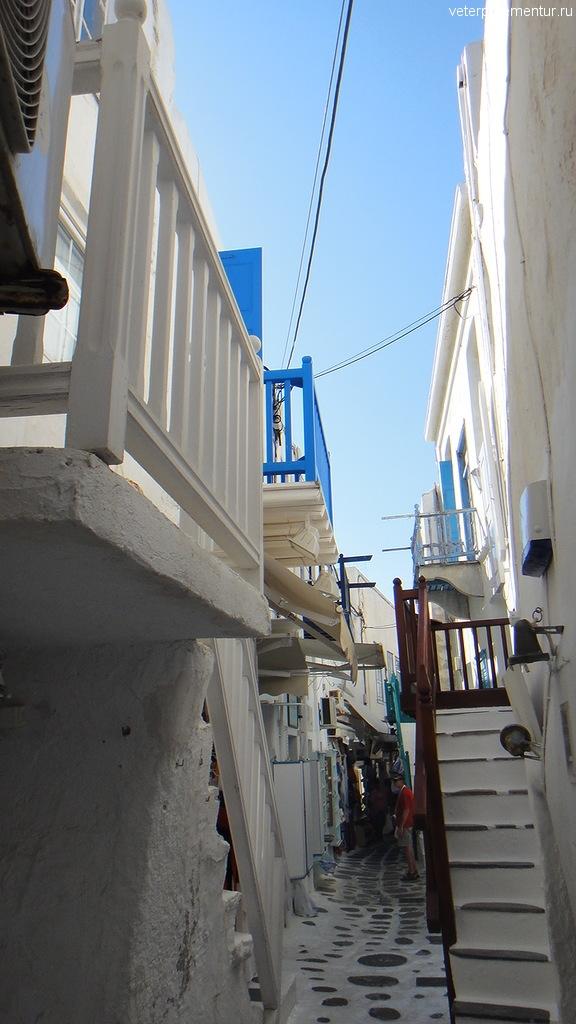 Узкие улицы Миконоса