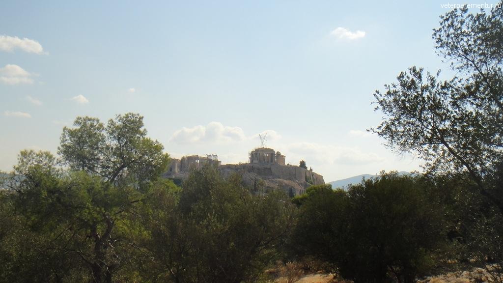 Афины, холм напротив Акрополя