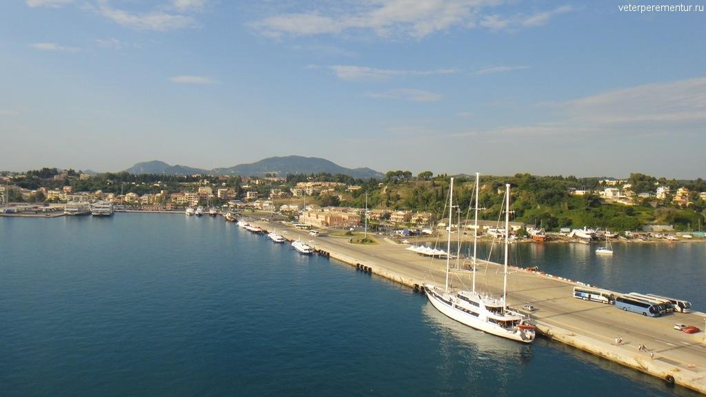 Порт на Корфу