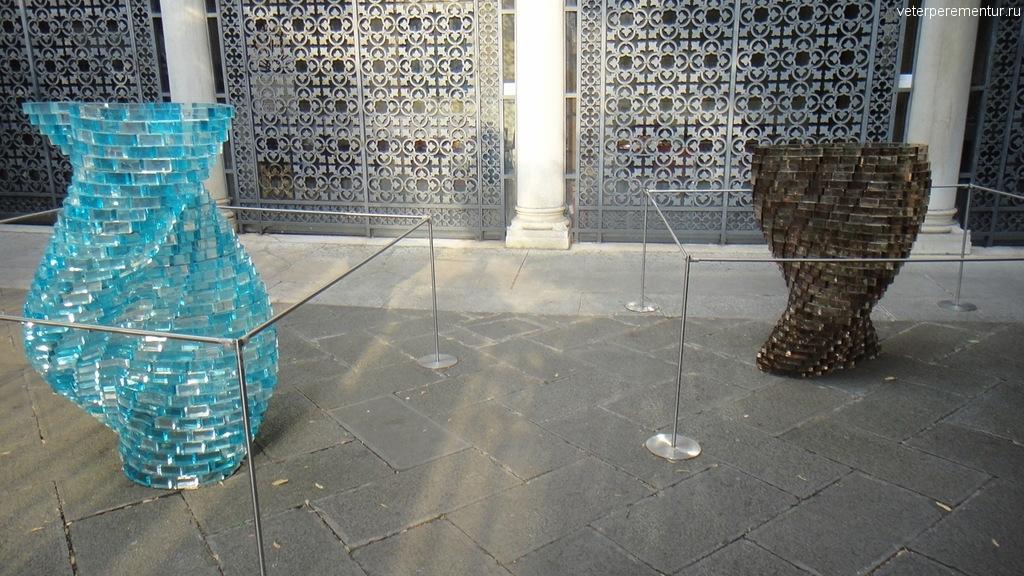 Во дворе музея, Венеция