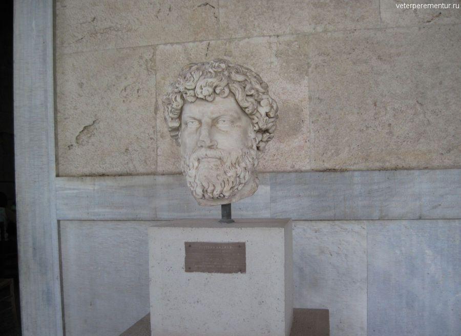 Музей Агоры, статуи