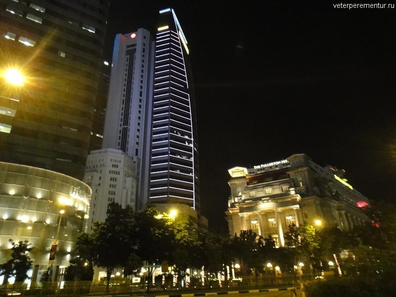Небоскреб у залива, вечер, Сингапур