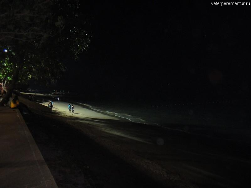 Пляж Ао Нанг в новогоднюю ночь