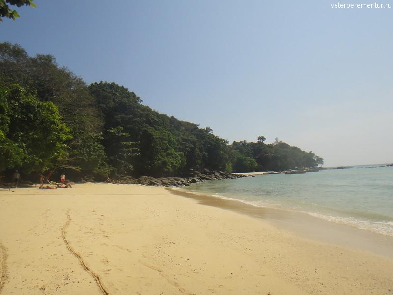 Пляж на Пи Пи