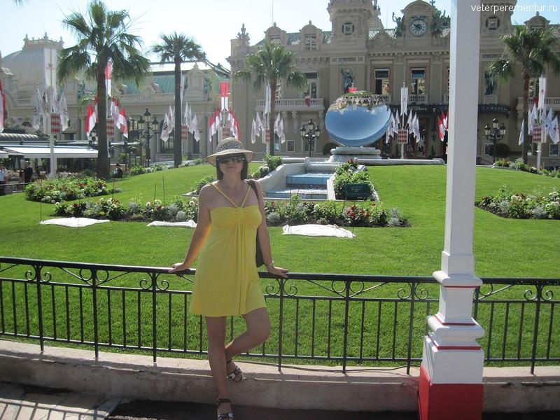 Монако, площадь перед казино