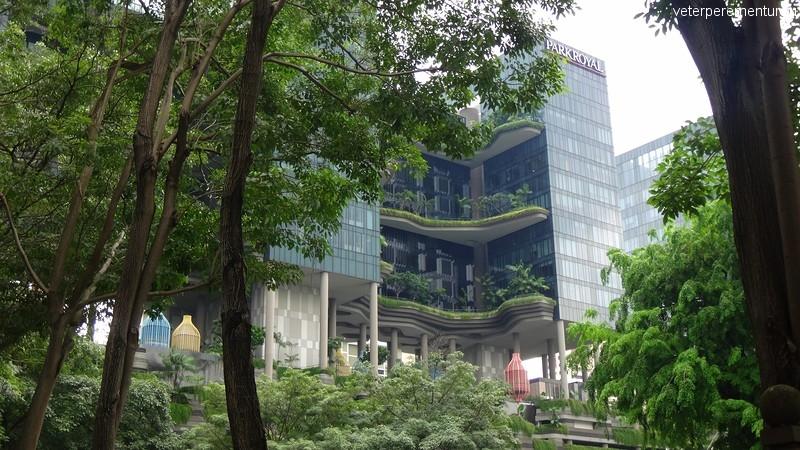 Зеленые насаждения на строениях в Сингапуре
