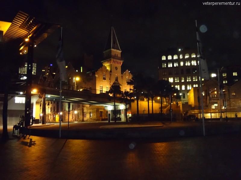 Сидней, район Рокс вечером