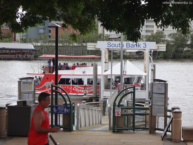 Брисбен (Brisbane), речной кораблик