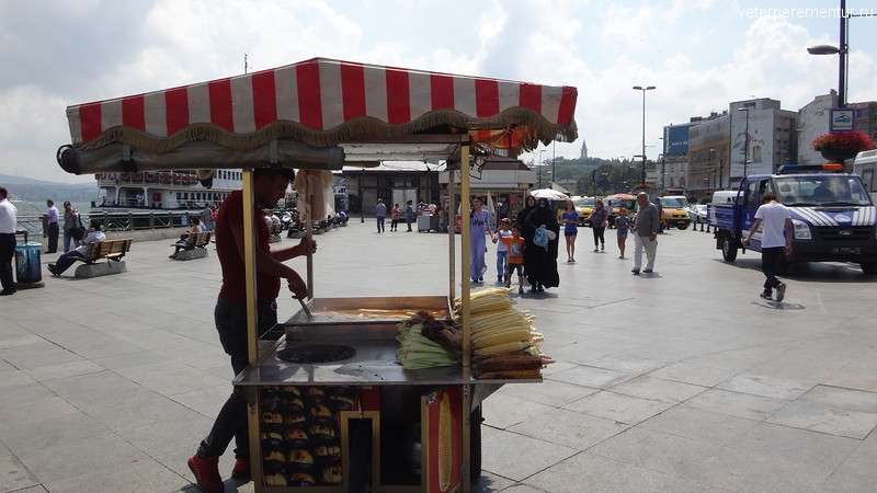 Продавец кукурузы в Стамбуле