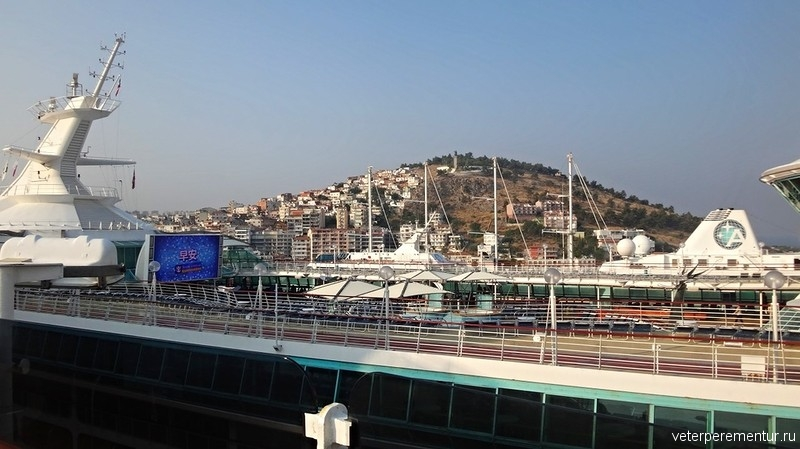 Vision of the seas в порту Kusadasi (Кушадасы),