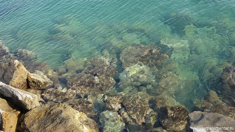 Kusadasi (Кушадасы), море рядом с набережной