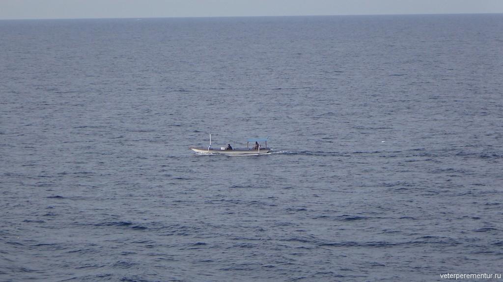 Лодка местных жителей, Бали
