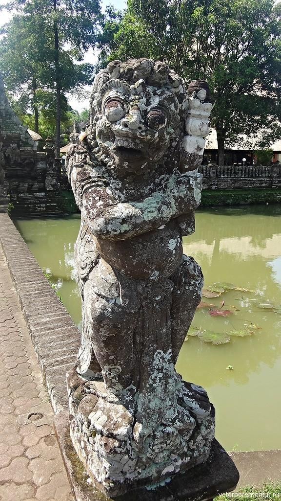 Каменные стражники, Таман Аюн (Pura Taman Ayun), Бали