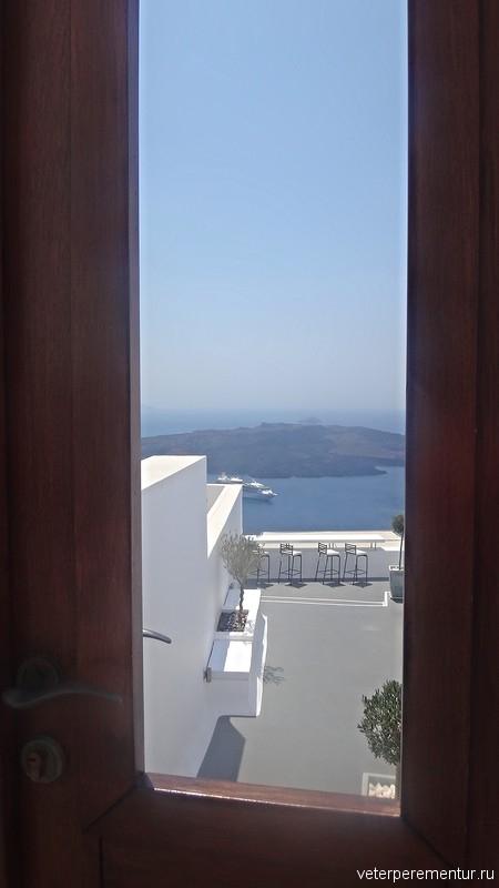 Санторини, двери в море