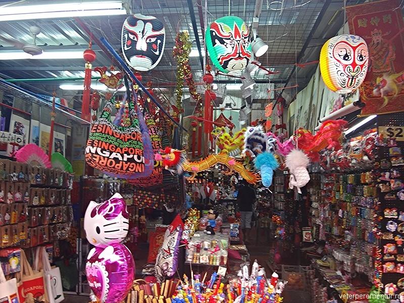 Магазины сувениров в Чайнатауне, Сингапур