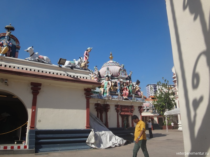 Шри Мариамман (Sri Mariamman Temple)