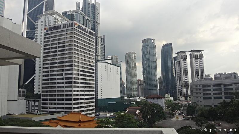 Corus Hotel Kuala Lumpur, вид с балкона