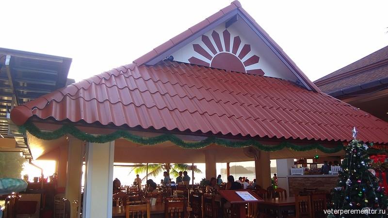 Ресторан морепродуктов на берегу, Ао Нанг