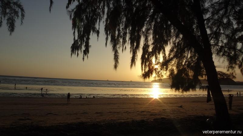 Пляж Наппарат Тара, Таиланд
