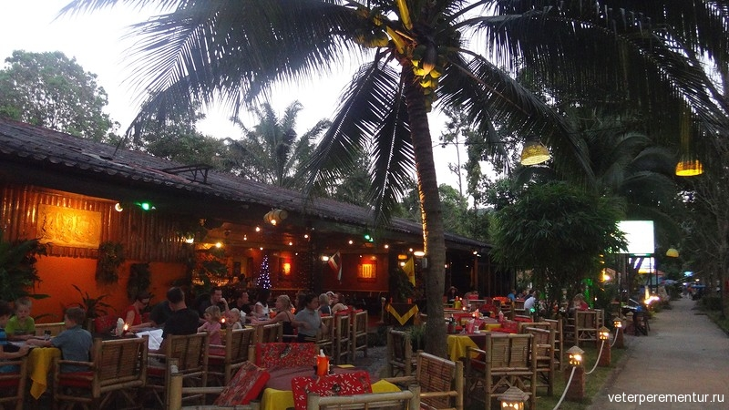 Ресторан в Таиланде