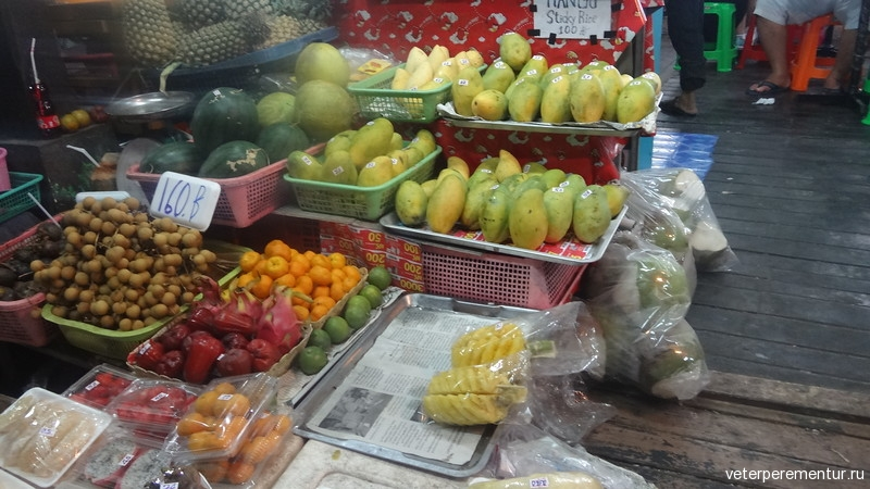 Лотки с едой на улице, Таиланд