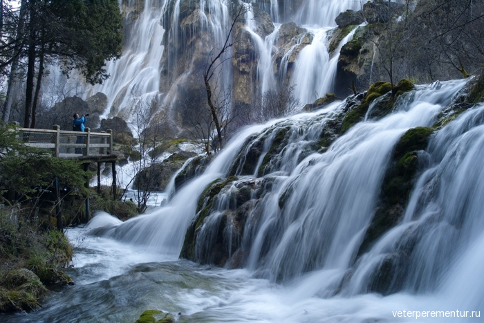 waterfall-in-jiuzhaigou-national-park