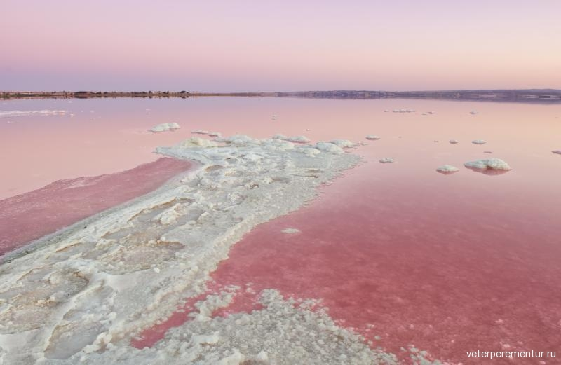 salt-lake-pink-salinas-de-torrevieja
