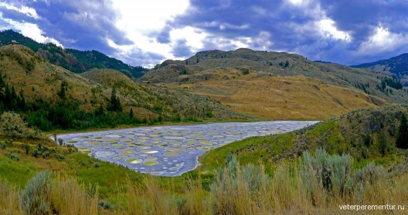 spotted-lake-kliluk-canada