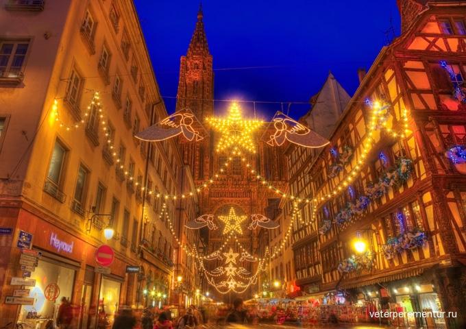 680-christmas-illumination-in-strasbourg