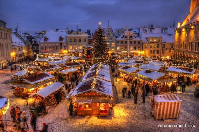 680-tallinn-town-hall-christmas