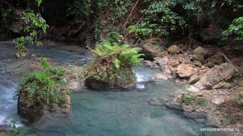 Водопады Кавасан (Kawasan Falls)