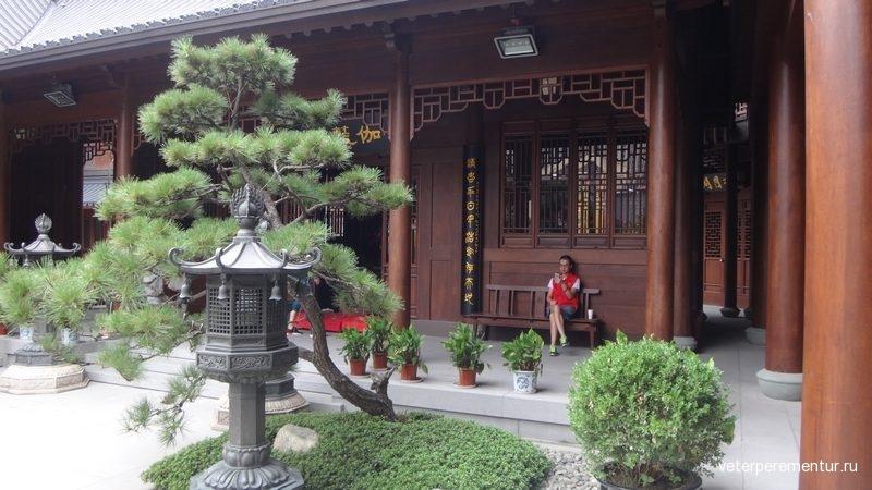 нхай, храм Нефритового Будды