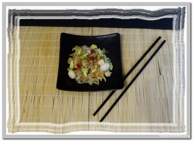 Жареный рис с яйцом по‑китайски