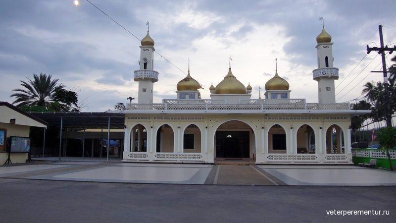 Ао Нанг, мечеть