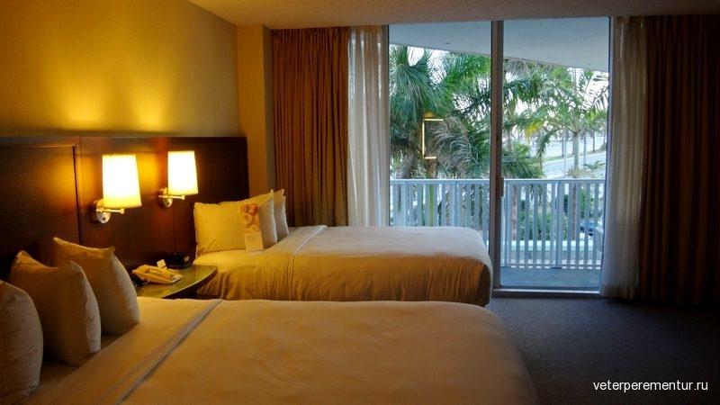 Pier Sixty-Six Hotel and Marina