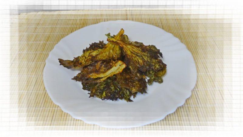 Чипсы из листьев салата