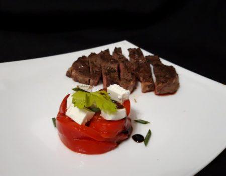 Салат из запеченного болгарского перца с брынзой