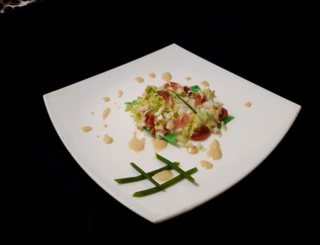Салат с пекинской капустой и вяленым мясом