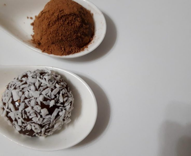 Трюфели с фисташками и какао